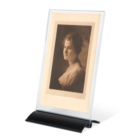 AeroLinea® Acrylic Single-Sided Tabletop Sign Holder