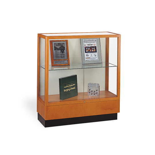 Waddell Heritage Countertop Exhibit Case with White Laminate Back